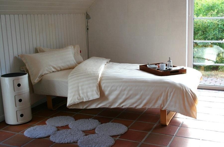 edle bio bettw sche 155x220 40x80 cm satin mit webstreifen zu kaufen bei fairmondo. Black Bedroom Furniture Sets. Home Design Ideas