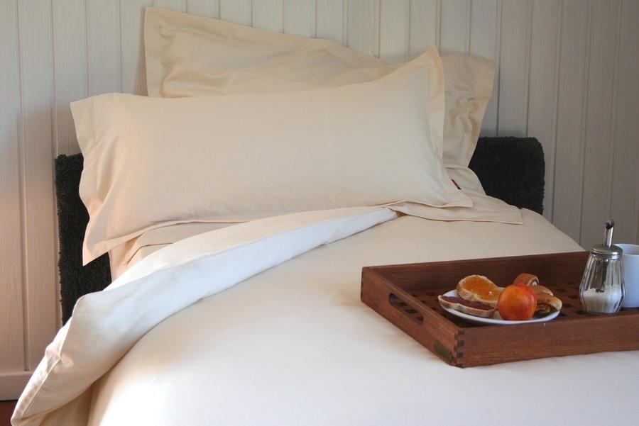 edle bio bettw sche 135x200 40x80 cm satin zu kaufen bei fairmondo. Black Bedroom Furniture Sets. Home Design Ideas